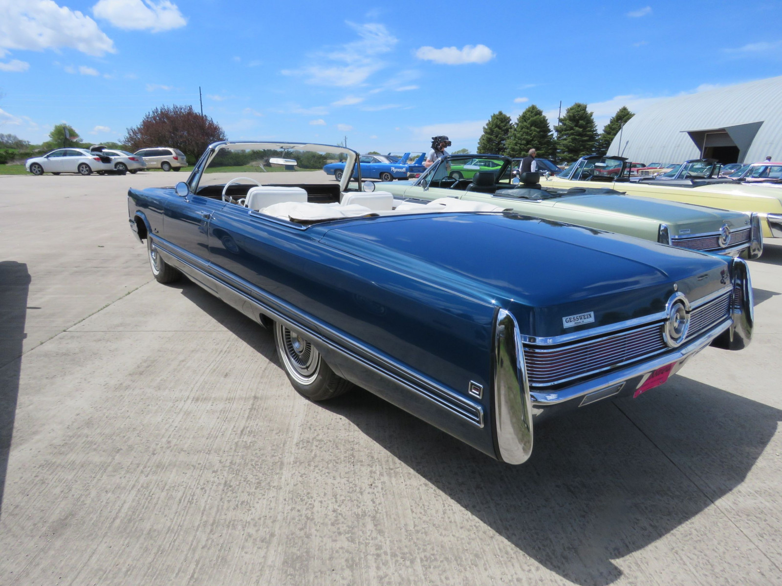 1968 Chrysler Imperial Crown Convertible - Image 7