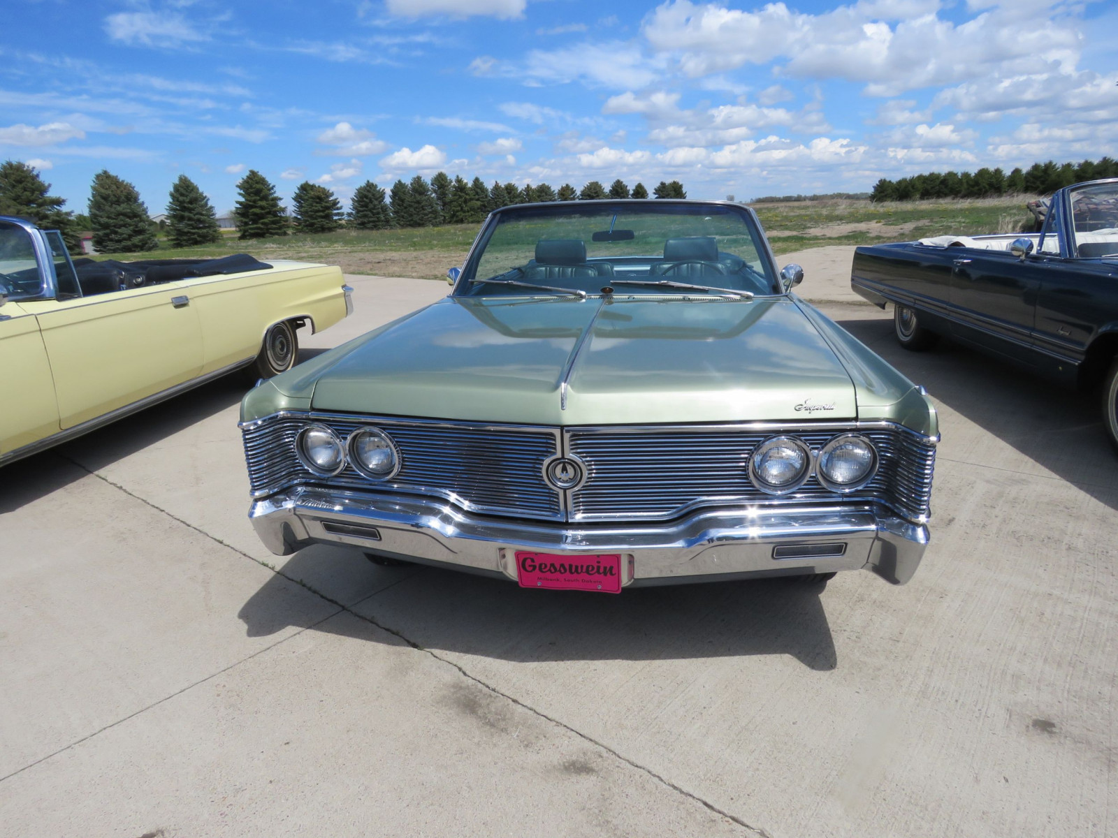 1968 Chrysler Imperial Crown Convertible - Image 2
