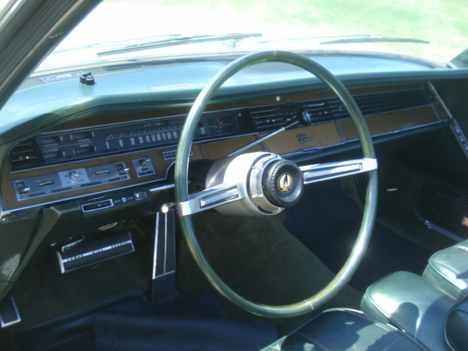 1968 Chrysler Imperial Crown Convertible - Image 21