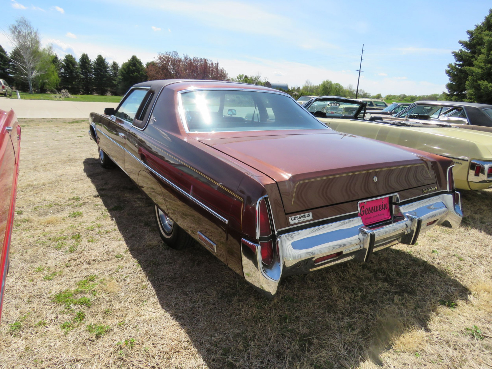 1977 Chrysler New Yorker Brougham with ST. Regis package - Image 10