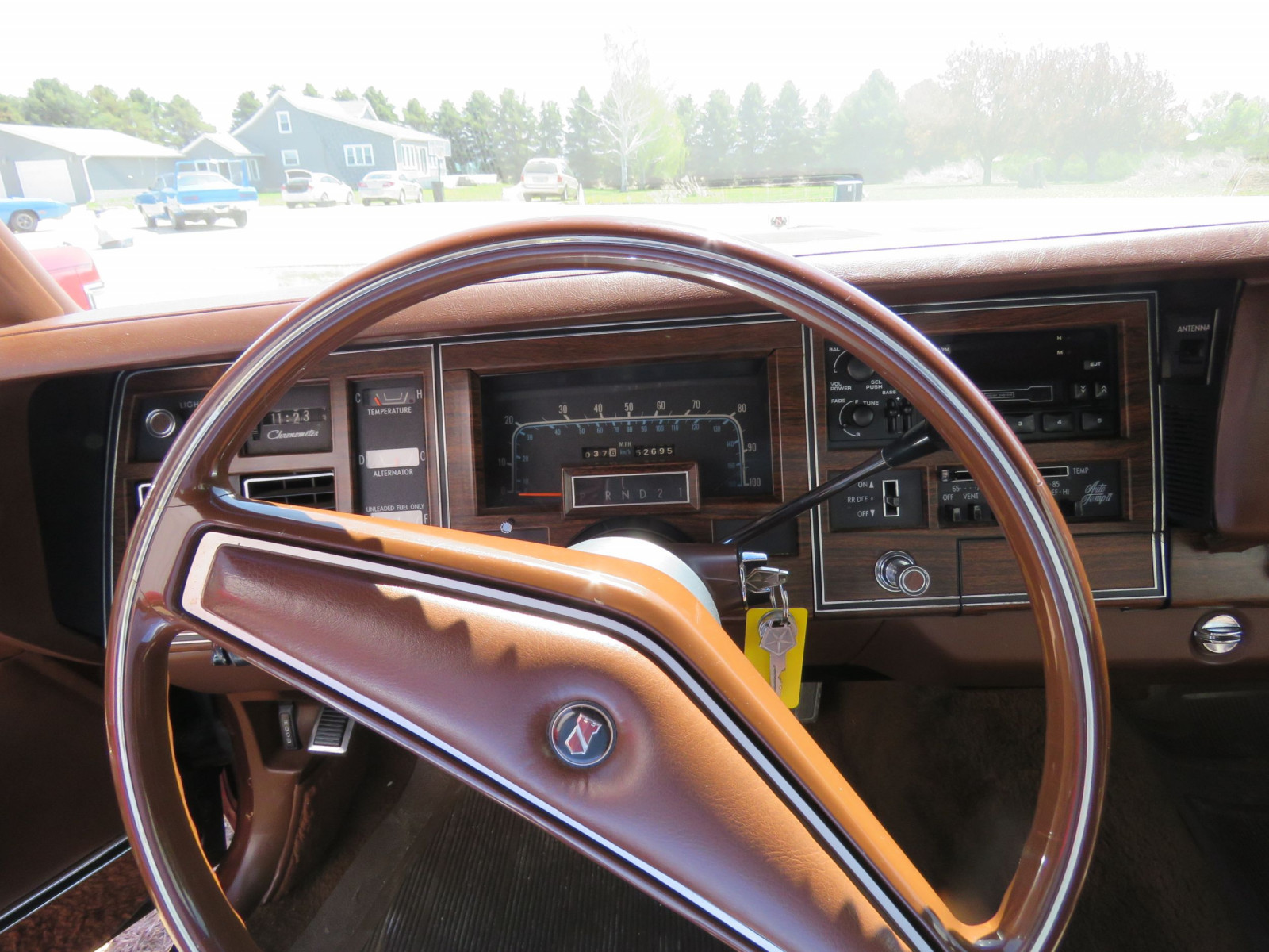 1977 Chrysler New Yorker Brougham with ST. Regis package - Image 16