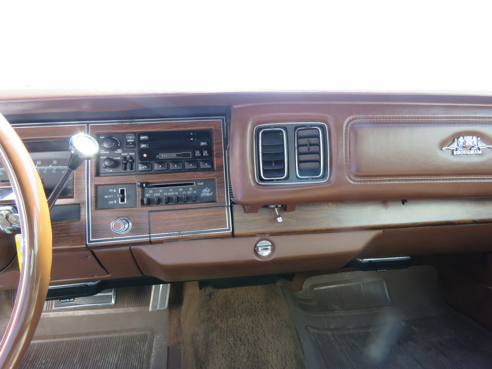 1977 Chrysler New Yorker Brougham with ST. Regis package - Image 18