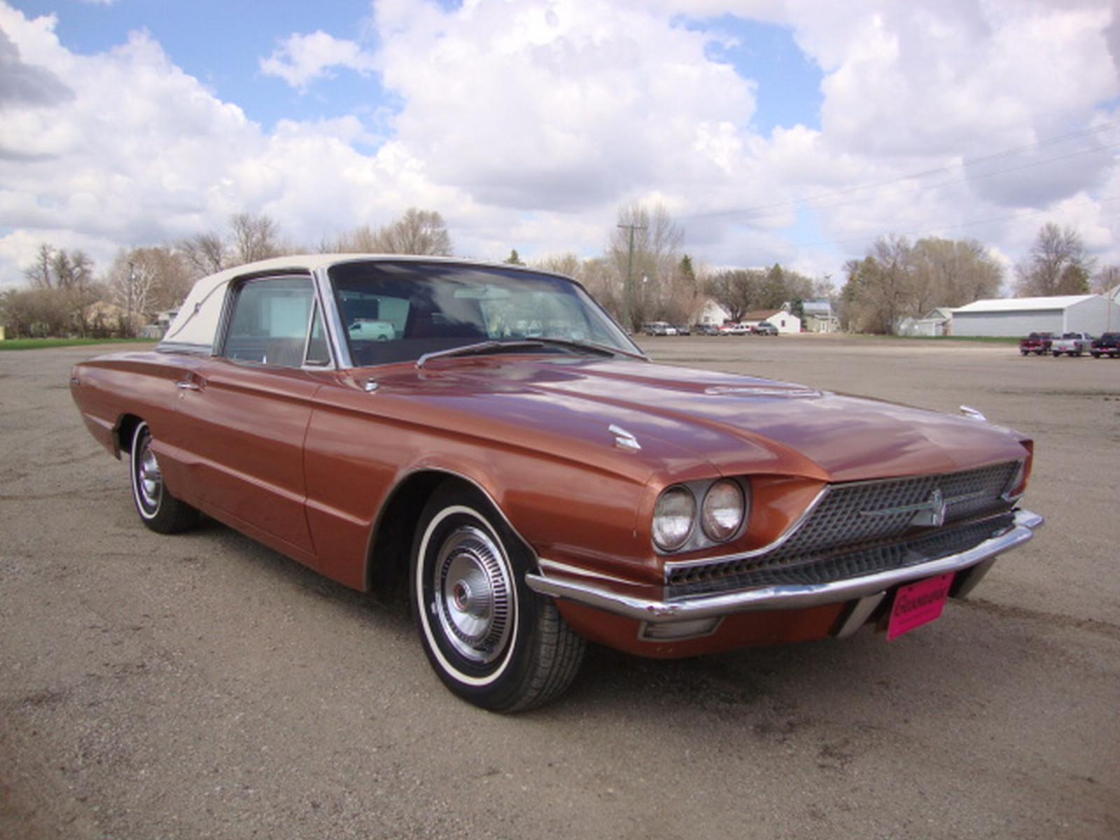 1966 Ford Thunderbird Coupe - Image 3