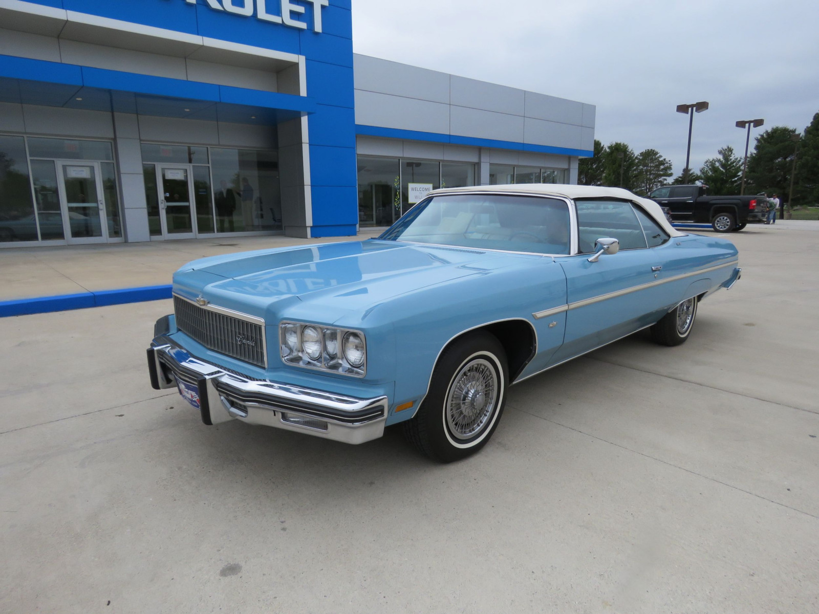 1975 Chevrolet Caprice Classic Convertible - Image 2