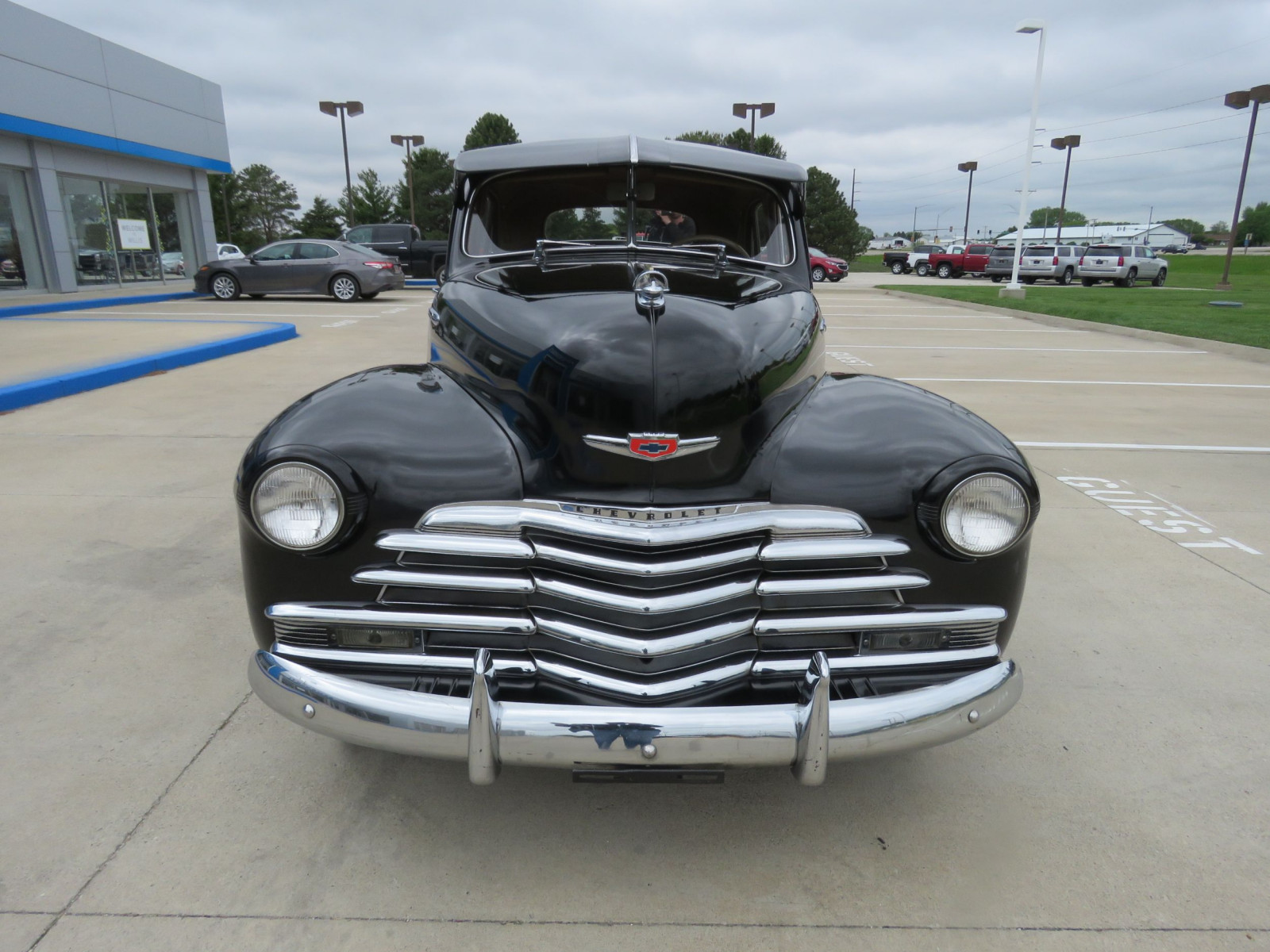 1947 Chevrolet Fleetline 4dr Sedan - Image 3