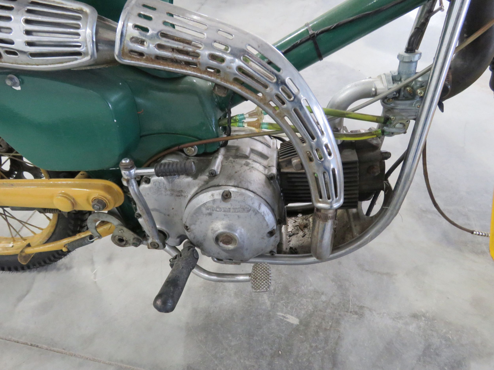 1965 Honda trail 90 Scooter - Image 4