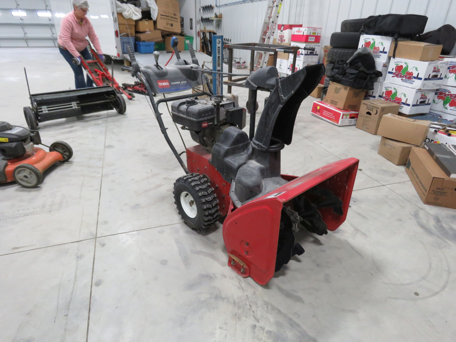 Toro Powermax 826LEv Snowblower - Image 1