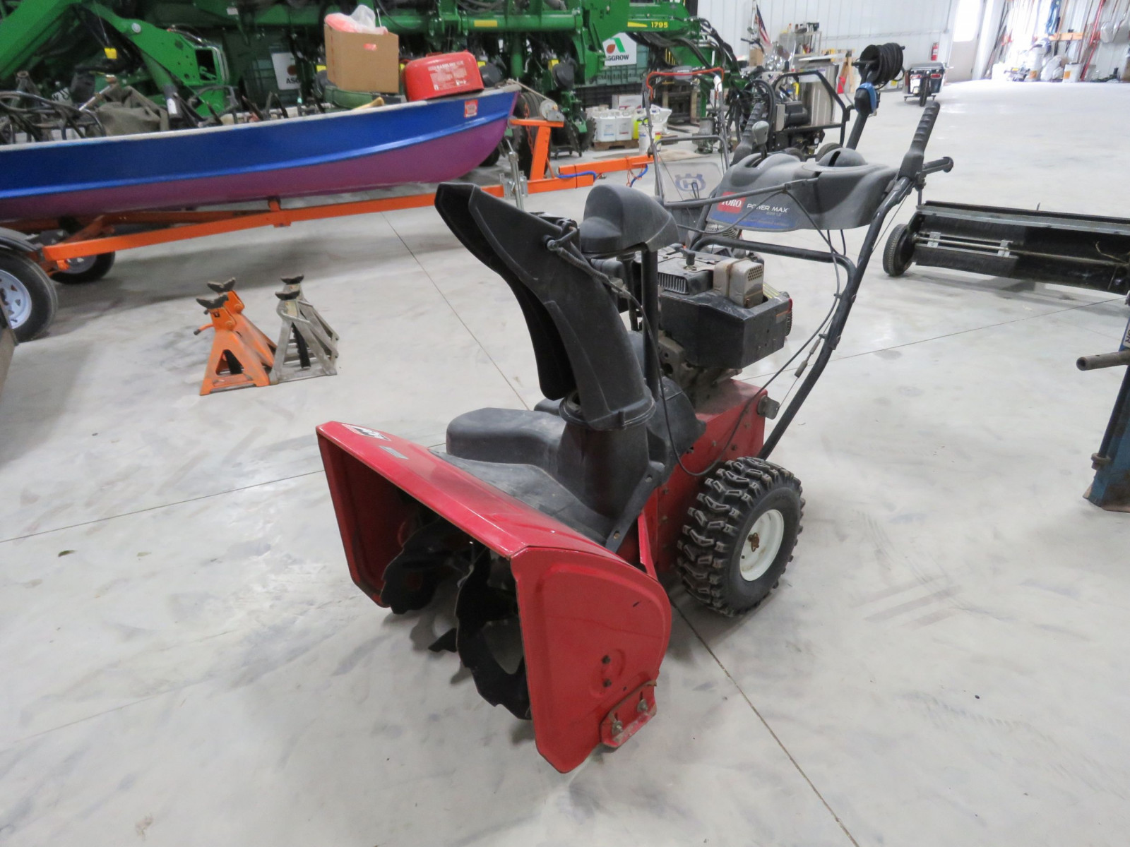 Toro Powermax 826LEv Snowblower - Image 2