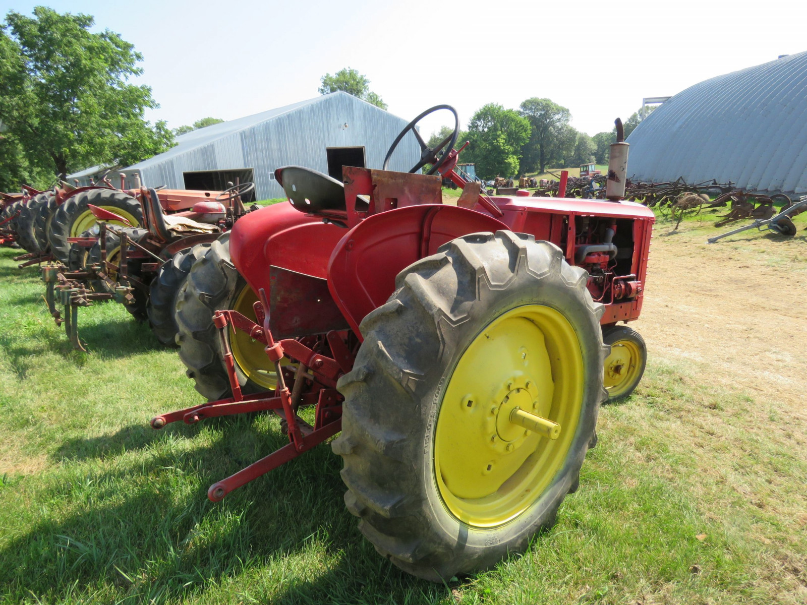 Massey Harris Row Crop 81 Tractor - Image 3