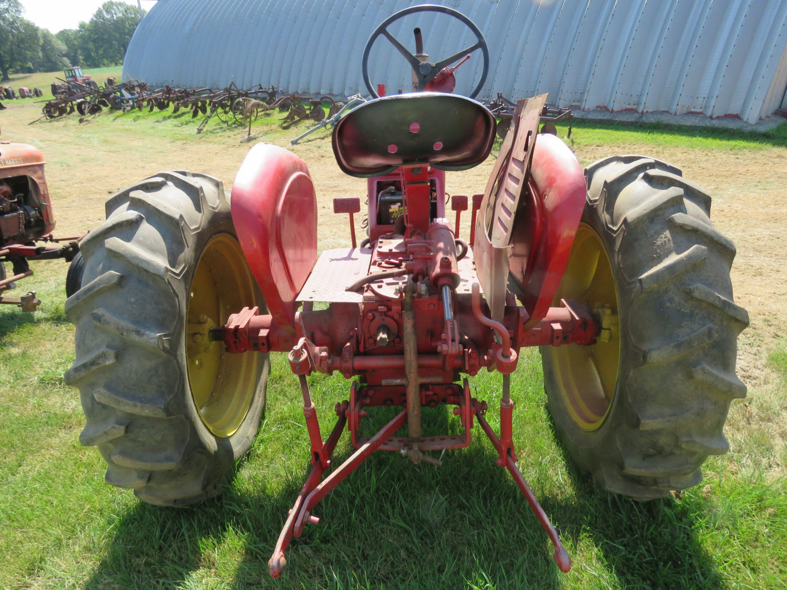Massey Harris Row Crop 81 Tractor - Image 4