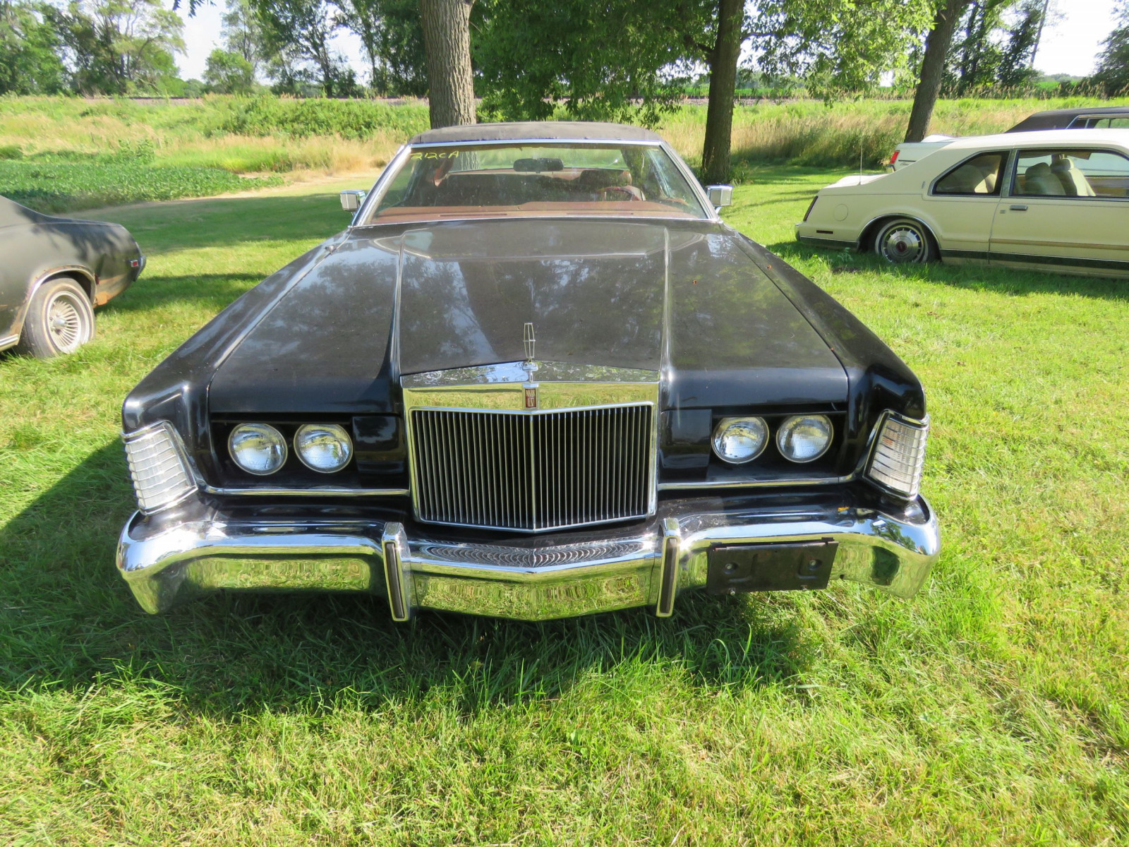 1973 Lincoln Continental Cartier Coupe - Image 2