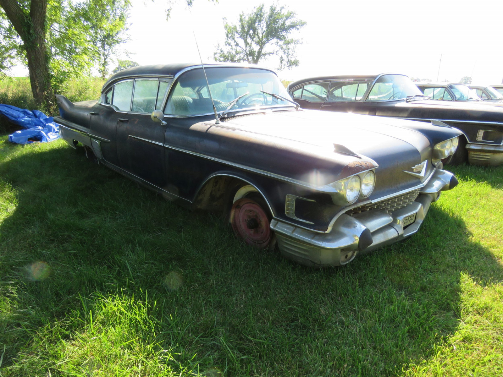 1958 Cadillac Fleetwood 60 Series 4dr HT - Image 3