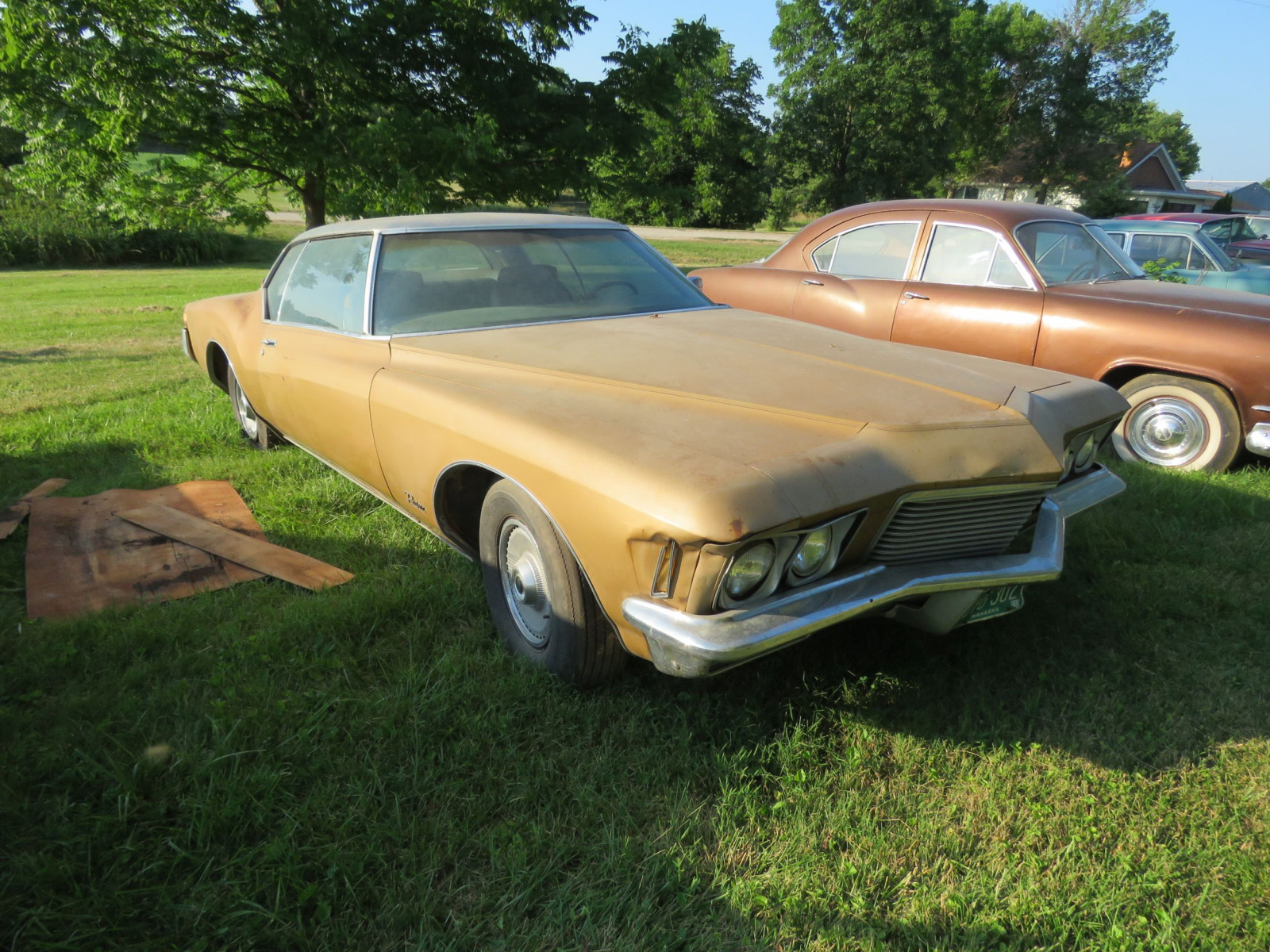 1971 Buick Boat tail Riviera - Image 3