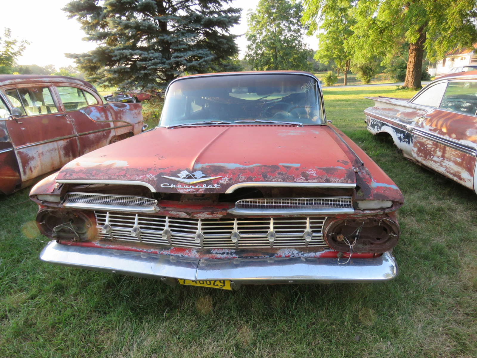 1959 Chevrolet 4dr Sedan for parts or project - Image 2