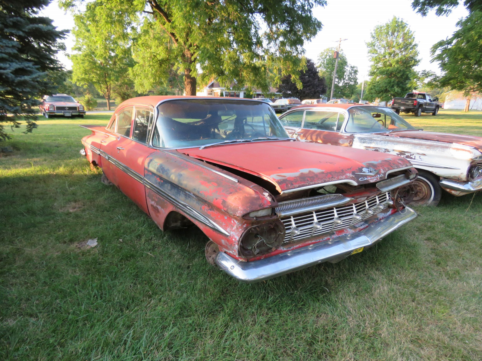 1959 Chevrolet 4dr Sedan for parts or project - Image 3