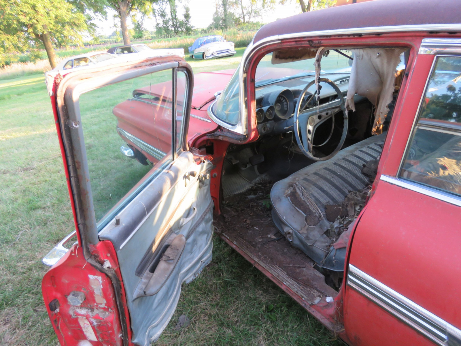 1959 Chevrolet 4dr Sedan for parts or project - Image 8